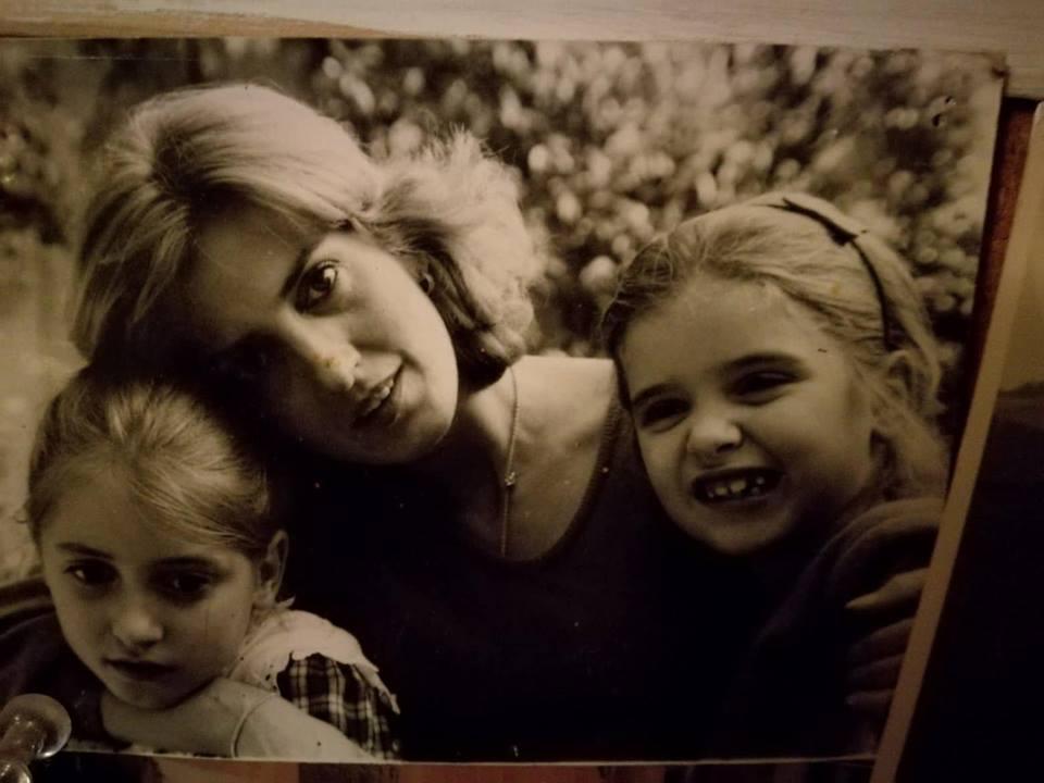 mamma e noi piccole
