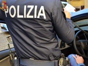 polizia al lavoro 3