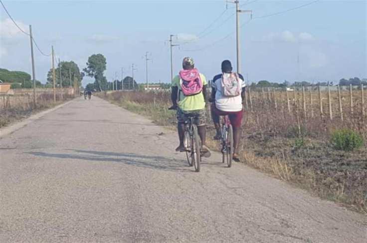 marta braccianti in bici.jpg