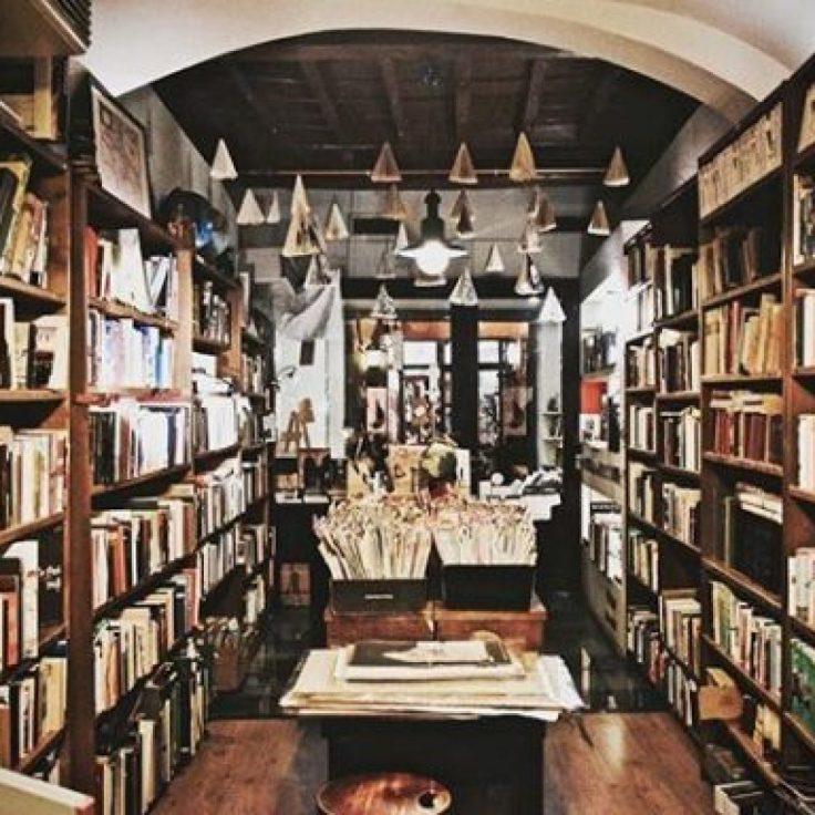 libreria del viaggiatore interni belli.jpg