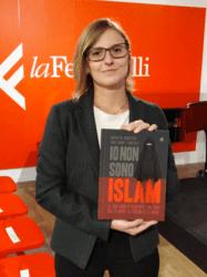 sara e islam presentazioni
