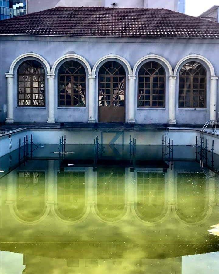 adele teatro e piscina