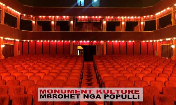 adele teatro interno